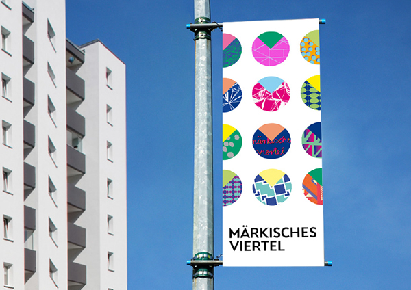 Märkisches Viertel Corporate Design Logo auf Fahne