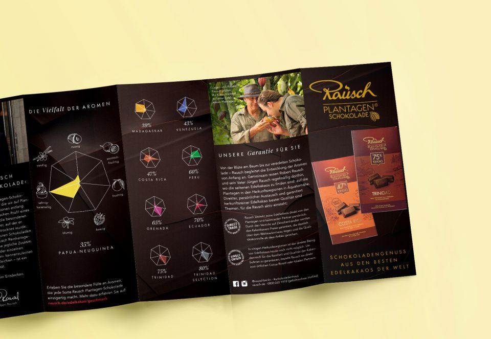 Eine Broschüre der Plantagenschokolade von Rausch. Design von Realgestalt