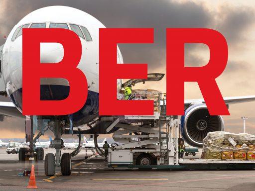 Die Deckungsgleichheit zwischen IATA-Code, Destination, Namen und Markenzeichen ist unter den Flughafenmarken weltweit einmalig.