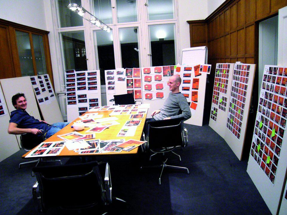 Projektraum von Realgestalt für die Entwicklung des neuen Brand Designs für Jägermeister